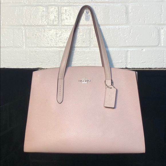 Coach Handbags - Coach. Shoulder Tote Bag.